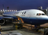 United plans secondhand, Emirates looks at narrow-body