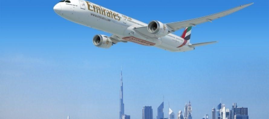 Emirates orders 40 Boeing 787-10s